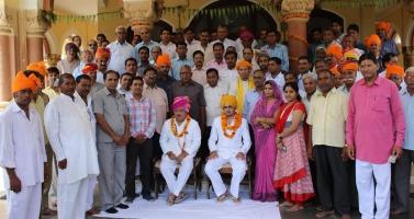 Karauli local people with Maharaja Krishna Chandra Pal and Yuvraj Vivasvat Pal