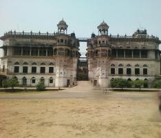 Manda Palace