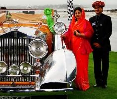 Yuvraj Saheb Mandhatasinh Jadeja Rajkot and his wife Shreemati Yuvrani Kadambari Devi Chouhan