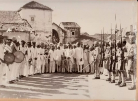 Rajpara forces welcoming Thakorsaheb Nirmalsihnji after his graduation