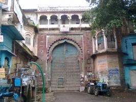 Sailana palace main gate
