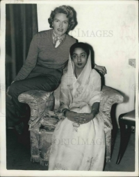 Maharani of Baroda Padmavatiraje with British actress Virginia Keiley, 1955