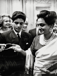 Sita Devi of Baroda seen with her son Princie appreciating the pink diamond named after her son Princie