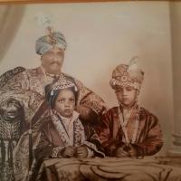 Maharaj Padam singh ji with his sons Rajkumar Rajendra singh ji and Raja Virbhadra Singh ji