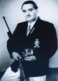 HH Maharaja Dr. Karni Singhji Bahadur of Bikaner at Oslo World Shooting Championship
