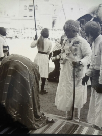 HH Maharaja Ganga Singhji of Bikaner alongwith Raja Bhopal Singhji of Mahajan, 1943 (Bikaner)