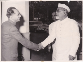 H.H.Raja Sir Anand Chand Bilaspur with President Zakir Hussain of India at Parliamentary Bungalow, Delhi