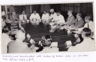 Viceroy Lord Mountbatten with Rulers of Indian States in Delhi