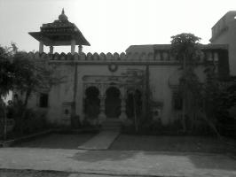 Chaugain Palace