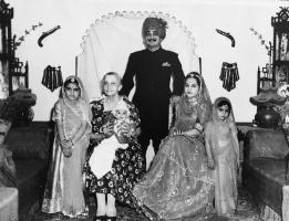 Rao sahab Indrajeet Singh ji and Rani saheba Sampat Kumari with their children, Maharani Rohini Kumari, Jai Raj Kumari, Kirti Kumari and son Ranjit Sing ji