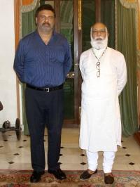 Yuvraj Sahib Himanshu Sinhji of Gondal with Shriji Arvind Singh Mewar of Udaipur