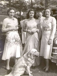 Maharani Gayatri Devi with foreign guests