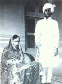 Maharani Prem Kumari, daughter of HH Sawai Man Singh II, marriage with the Maharawal of Baria, Col. Jaideepsinhji at the age of 19 in 1948 (Jaipur)