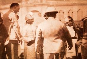 HE Governor of Bengal with Raja Narasingha Malla Deb at Jhargram Palace