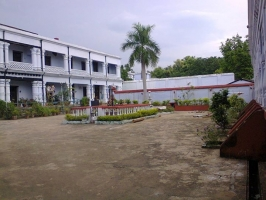 Khandapara Palace