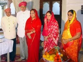Thakur Sahib Ajit Singh Ji Rathore of Ralawata, Maharao Sahib Pragmulji III of Kutch, Maharani Sahiba Priti Devi of Kutch, Rani Vijayraj Kumari of Mewar and Kunwarani Sahiba Jyoti Jasol of Bassi
