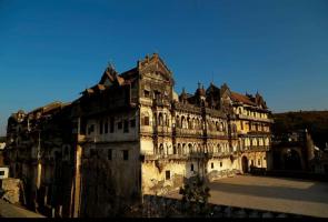 Lunawada Palace