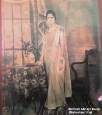 Smt. Abhaya Devi