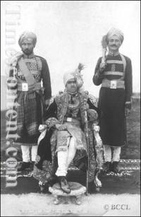 Raja Jogendra Sen Bahadur (centre)