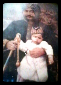 Raja RAGHURAJ SINGHJI, Raja of Mankapur 1884/1932 with his grandson Kunwar Uday Pratap Singhji