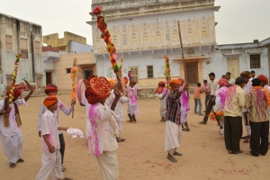 Gher dance performed by villagers on Holi at Mohrra Garh