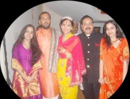 Maharaj Kumar Jagdish Mardaraj, Kumari Prakriti, Kumari Akriti of Nilgiri with Lakshyaraj Singh Mewar and Nivritti Kumari Singhdeo of Bolangir