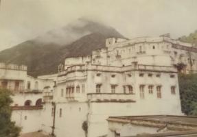 Nimbaj Palace