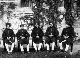 Rao Kishan Singh ji of Nindar in the middle (Mayo college Ajmer 1931-32)