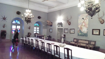 Sailana palace dining room