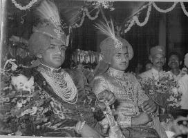 HH Maharajadhiraj Jayendra Singh Ju Deo of Charkhari (L) and Maharaj Virendra Singh Ju Deo of Sarila (R)