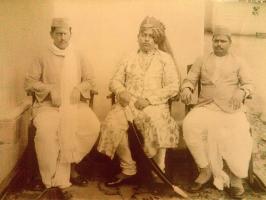 Raja Laliteshwar Prasad Singh with courtiers of Shakarpura Raj