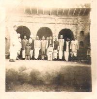 Thakur Lakhan Singh Ji, standing in middle