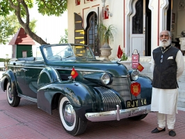 Shriji Arvind Singh Mewar with his 1938/39 Cadillac